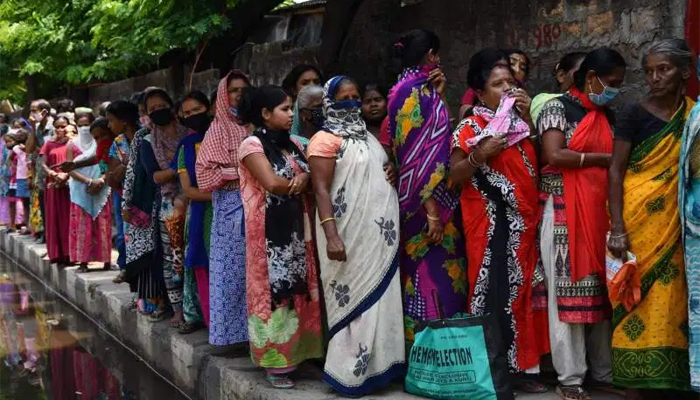 एक्टिव केस का नया रिकार्ड-Hindi News