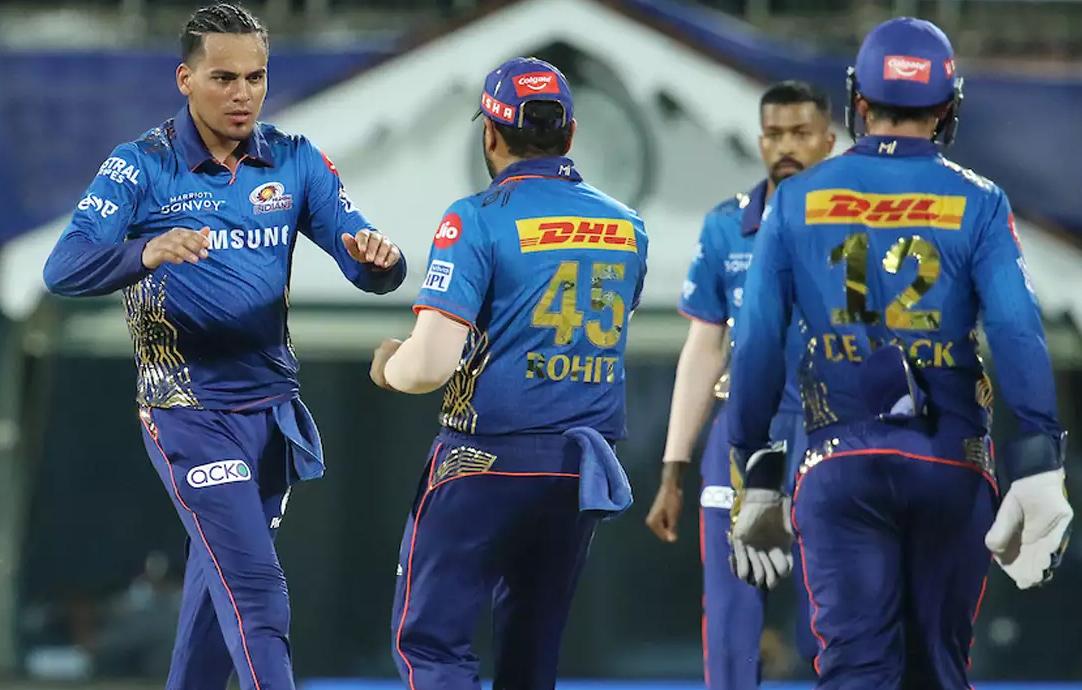 12 बॉल में आंद्रे रसेल ने रच नया इतिहास, मुंबई इंडियंस ने 10 रनों से जीती हारी बाजी-Hindi News