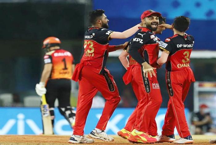 IPL 2021- SRH v RCB: 149 रन भी नहीं बना सकी हैदराबाद टीम, बेंगलुरू ने दी 6 रन से शिकस्त-Hindi News
