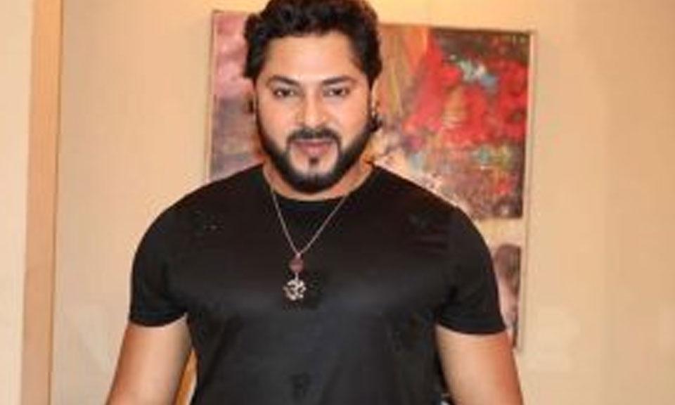 Bollywood News : अभिनेता प्रिंस सिंह राजपूत की FIlm 'ई रिश्ता जनम जनम के' की शूटिंग की शुरुआत की-Hindi News