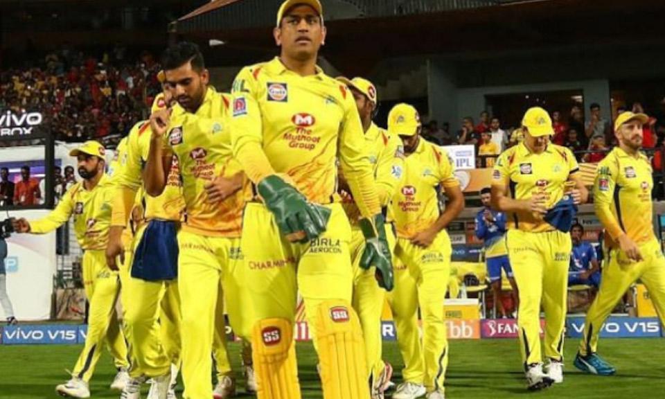 IPL 2021: चेन्नई सुपर किंग्स ने अपनी टीम में किया बदलाब, हेजलवुड की जगह इस खिलाडी को किया शामिल-Hindi News