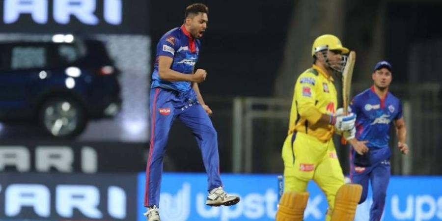 IPL 2021: एम. एस. धोनी का विकेट लेने के बाद आवेश खान ने कही ये बात, धोनी भी नहीं मानेंगे बुरा-Hindi News