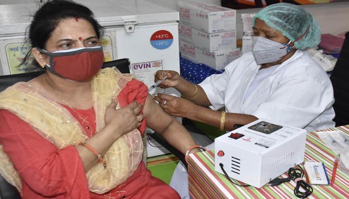 वैक्सीन नीति में फिर बदलाव-Hindi News