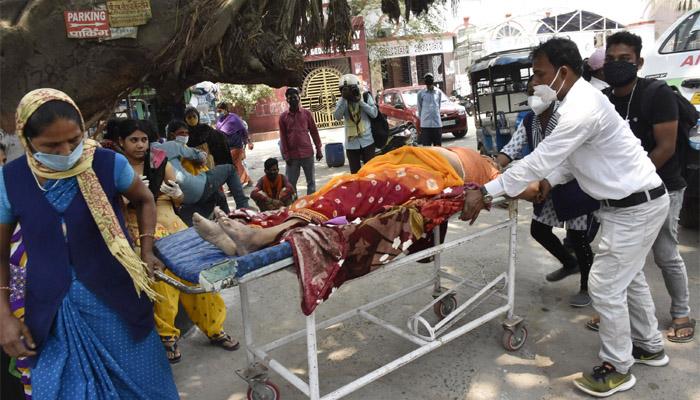 सात दिन में 25 हजार मौत, दुनिया में हो रही कुल मौतों में एक-तिहाई-Hindi News