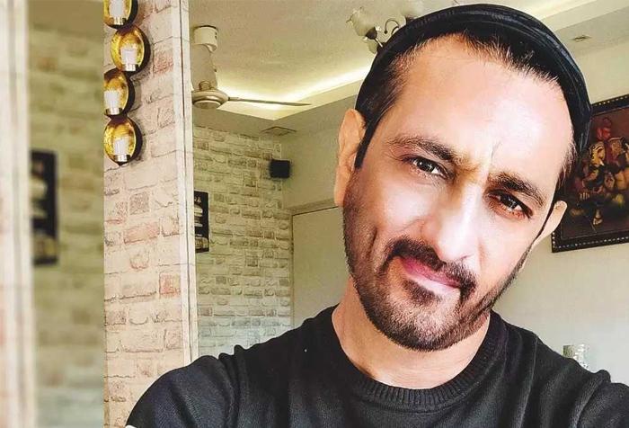 Actor Rajeev Paul हुए कोरोना संक्रमित, बुखार नहीं उतरने पर हाॅस्पिटल में भर्ती-Hindi News