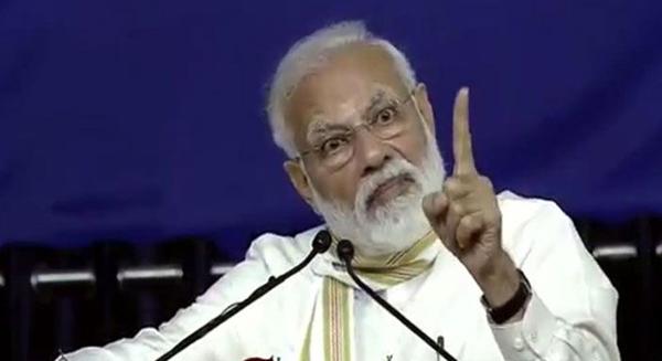 मोदी है तो मुमकिन है: आप मत लेना दिवाली में चाइनीज लाइट, भले सरकार चीन से करती रहे रिकार्ड आयात ( आंकड़ों पर बात)-Hindi News