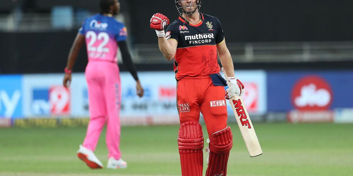 अब RCB में नजर नहीं आएंगे एबी डिविलियर्स ! इस खिलाड़ी ने कहा अब एबी को रिटेन करने से नहीं होगा फायदा …-Hindi News